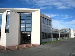 bureau de vente immobilier bureaux vente location toulouse offre 57102 cbre