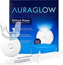 how to use teeth whitening gel with light amazon com auraglow teeth whitening kit led light 35 carbamide