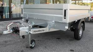 carrello porta auto usato carrelli a rimorchio gancio traino vendita a trieste e