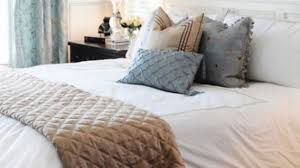 queen bed pillows charming 50 decorative king and queen bed pillow arrangements ideas