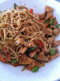 comment cuisiner les nouilles chinoises nouilles chinoises sautées au poulet et sauce huître 11 smartpoints