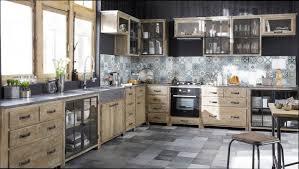 cuisine en bois cuisine bois cuisine bois et metal noir
