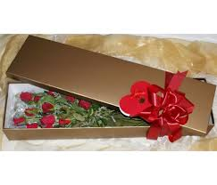 Roses In A Box 12 Long Stem Red Roses In A Gold Box