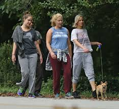 Jennifer Lawrence Home by Jennifer Lawrence Walking Her Dog 23 Gotceleb