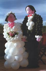 wedding arch balloons cake table decoration ideas with balloons