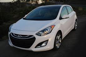 hyundai elantra white review 2013 hyundai elantra gt car reviews and news at