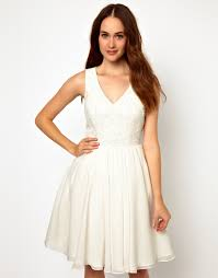 ted baker pretty prom dress with v neck and embroidered bodice in