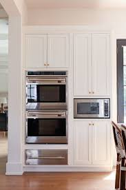 Corner Top Kitchen Cabinet by Best 25 Double Oven Kitchen Ideas On Pinterest Farmhouse Ovens