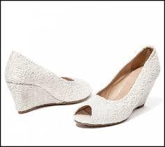wedding shoe ideas cool wide width wedding shoes sle detail