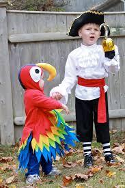 Halloween Costumes Parrots Pirate Costume Ideas Diy Pirate Costume Parrot Costume Costumes
