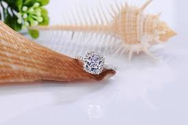 luxury 2 carat cushion cut simulated diamond engagement rings for