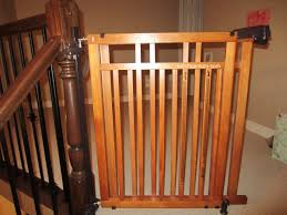 Baby Gates For Stairs No Drilling Baby Proofing No Drill Banister To Banister Stairs Gate U2013 Eat