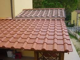 montaggio tettoia in legno scegliere una tettoia in legno tettoie e pensiline tipologie e