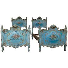 Venetian Bedroom Furniture Early 19th Century Pair Of Venetian Beds Bedrooms Modern