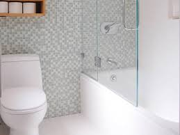 Small Black And White Tile Bathroom Bathroom White Bathroom Tiles White Bathroom Design Ideas
