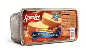 snickerdoodle pound cake a la mode