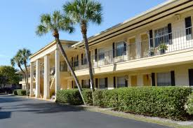 winter park oaks apartments provides low cost housing in fl