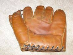 Hutch Baseball Gloves Vintage Ww2 Vince Dimaggio Hutch Baseball Glove Rockford Peaches