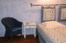 chambre d hotes forcalquier les grandes mollières la chambre alezan les grandes mollières