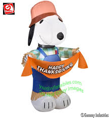 gemmy airblown 3 1 2 snoopy scarecrow holding banner