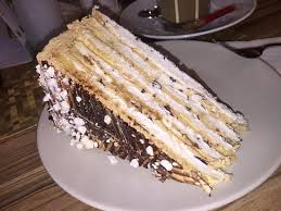 baise cuisine cappuccino baiser torte picture of cafe milch honig munich