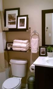 6 Brilliant Bathroom Hacks by Best 25 Small Full Bathroom Ideas On Pinterest Guest Bathroom