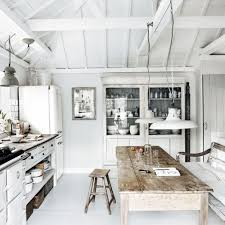 beach kitchen design white washed beach house kitchen modern