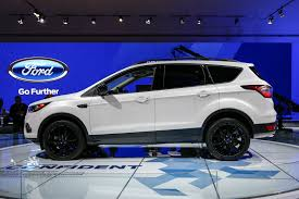 ford crossover escape 2017 ford escape updated with fresh looks new engines