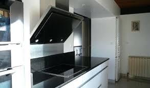 travail en cuisine cuisine blanche plan de travail noir is cuisine plan travail mole