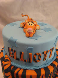 winnie the pooh cakes winnie the pooh cake saveyourforkcakes