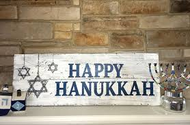 hannukkah decorations 24 classic and hanukkah decor ideas ideacoration co