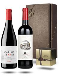 wine gift sets carlos serres rioja wine gift set co uk grocery