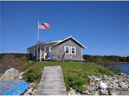 Tiny Cottages For Sale by 5 Beach Homes For Sale Under 500 Square Feet And 500 000