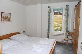 Schlafzimmer Gr E Ferienwohnungen Gästehaus Hansen