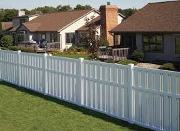 sensational photograph small garden fence ideas as chain link