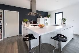 plan de travail de cuisine sur mesure réalisation d une cuisine avec plan de travail duropal par aspezia