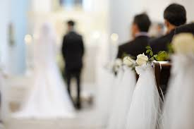 three tips to help keep your wedding budget in check get