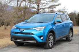 gas mileage on toyota rav4 what s the lowest acceptable gas mileage for a compact suv poll