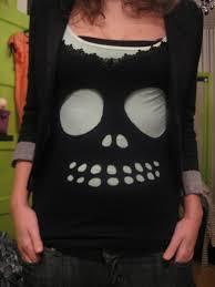 T Shirt Halloween Based On Diy Cutout Skully Tee By Carlyjcais Diy Halloween