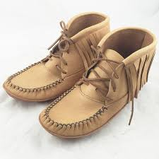 womens fringe boots canada best 25 moccasin boots ideas on bohemian shoes