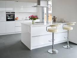 hochglanz küche die besten 25 küche hochglanz ideen auf hochglanz