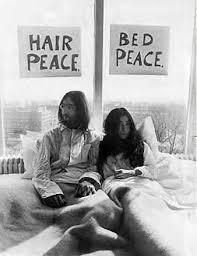 Jhene Aiko Bed Peace Jhene Aiko U0026 Childish Gambino Dans Le Clip De U0027 Bed Peace