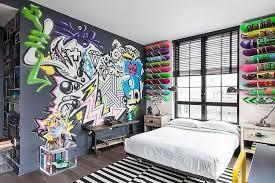 graffiti chambre style corsaire ou rétro ambiance tropicale ou foraine les enfants