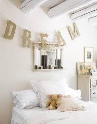 chambre fille romantique inspirations romantiques pour une chambre de fille familydeal