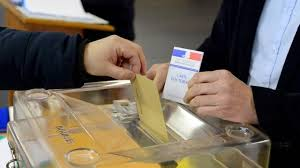 bureau de vote tours direct présidentielle l abstention évaluée entre 26 et 27