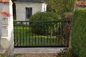 portails de jardin pose de portail fer alu sur mesure