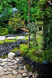 epic picture of garden landscaping decoration using light grey