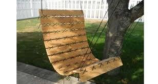 siege en palette fauteuil suspendu en palette hyper déco à faire pour le jardin