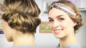 Frisuren Lange Haare 20er Jahre by Haare Haarband Frisur Mit Seitlichem Dutt Tuchhaarband Schick