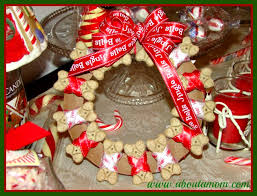 dog biscuit holiday wreath holiday wreaths wreaths and dog